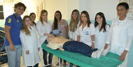 Acadêmicos de Medicina participaram de treinamento de Emergência Cardiovascular